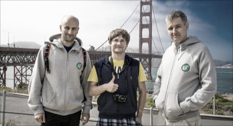 kolegové z profigu u Golden Gate v San Franciscu