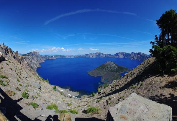 profiq výherce letenky, Oregon, blankytně modré Crater Lake