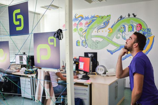 Kolega v profiq kanceláři týmu Divvy